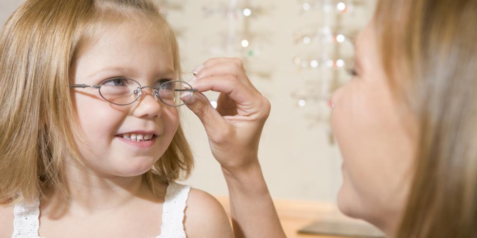 de8ede6942ef2b Baby s en kinderen  hoe de juiste bril te kiezen  met e-gezondheid ...