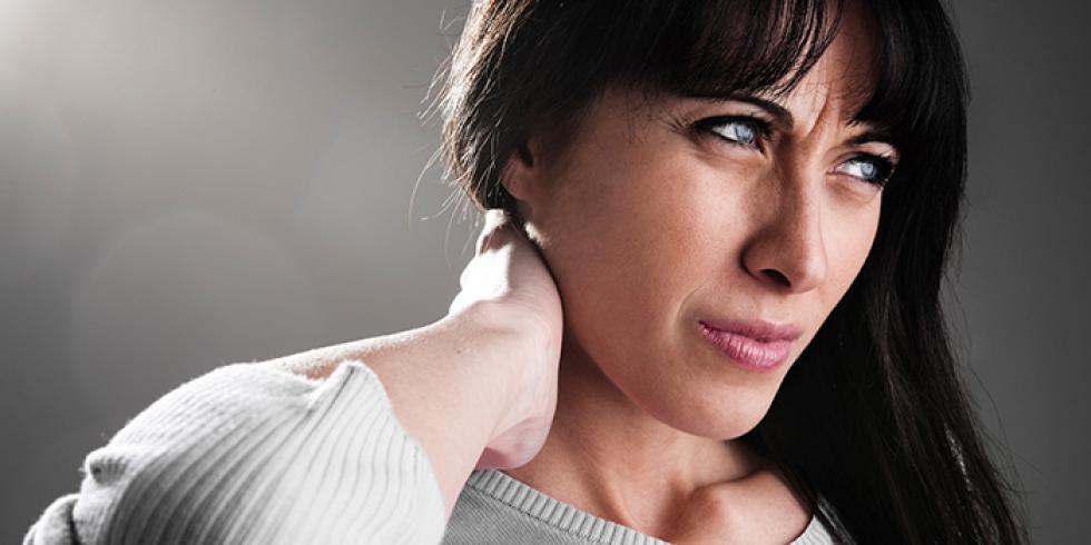 pijn in nek bij draaien hoofd